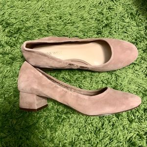 Nine West suede day heel chunky